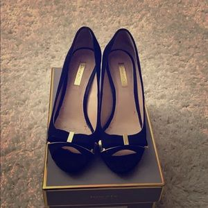 Louise Et Cie black heels with bow